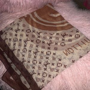 LV silk polyester scarf
